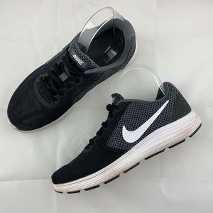 Nike Athletic Shoes Black White Size 8.5